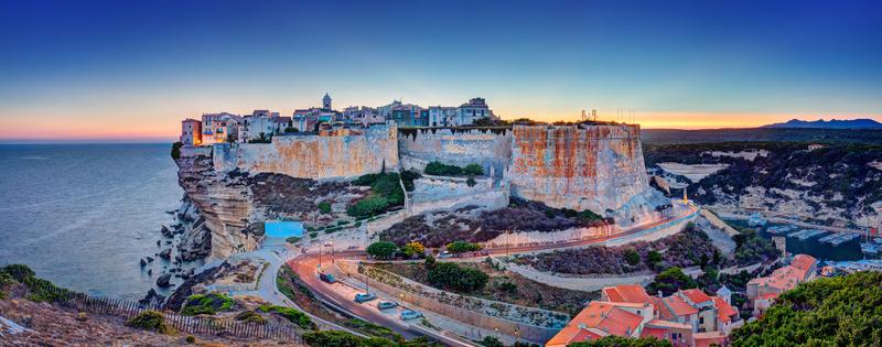 Les services des impôts de la Corse