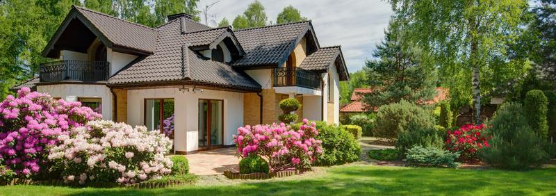 maison façade moderne ciel