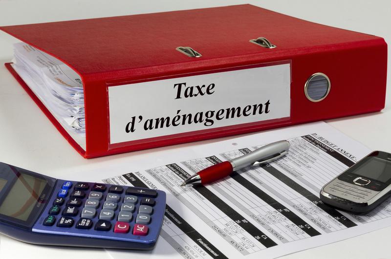 La taxe d'aménagement a remplacé la taxe spéciale d'équipement le 1er mars 2012. Elles s'appliquent à plusieurs opérations immobilières que TacoTax vous détaille ici.