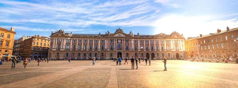 Investir à Toulouse : la ville rose n'attend que vous