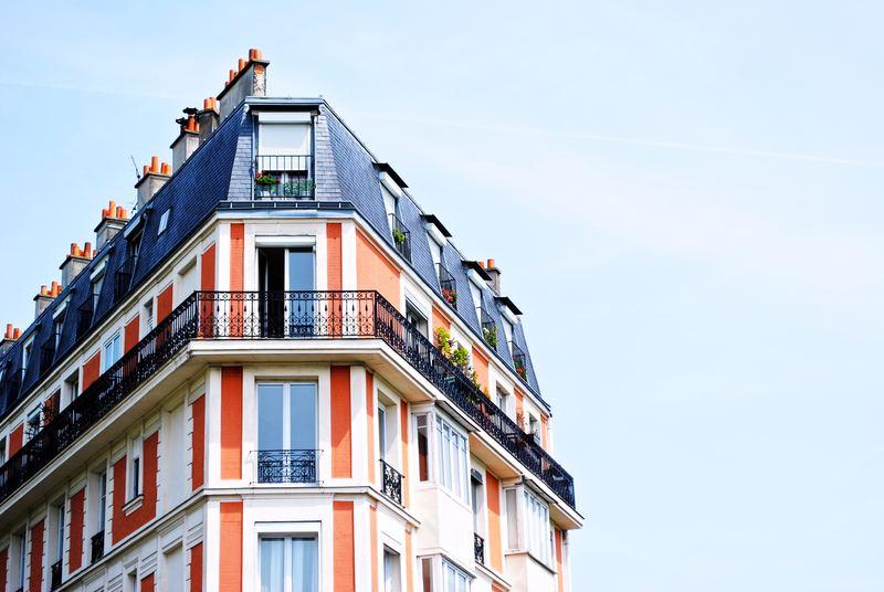 La Banque de France : gestion du surendettement Hernan-lucio-53800-unsplash