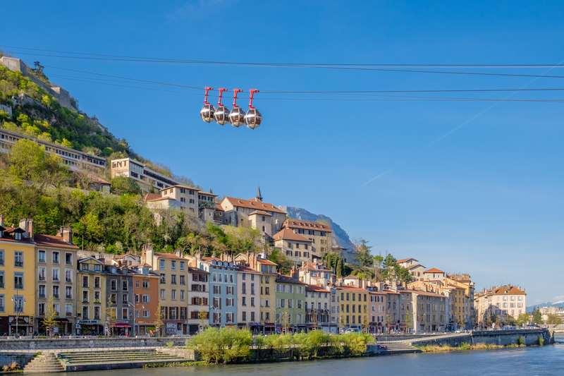 Gestion de patrimoine à Grenoble : investir dans la capitale des Alpes