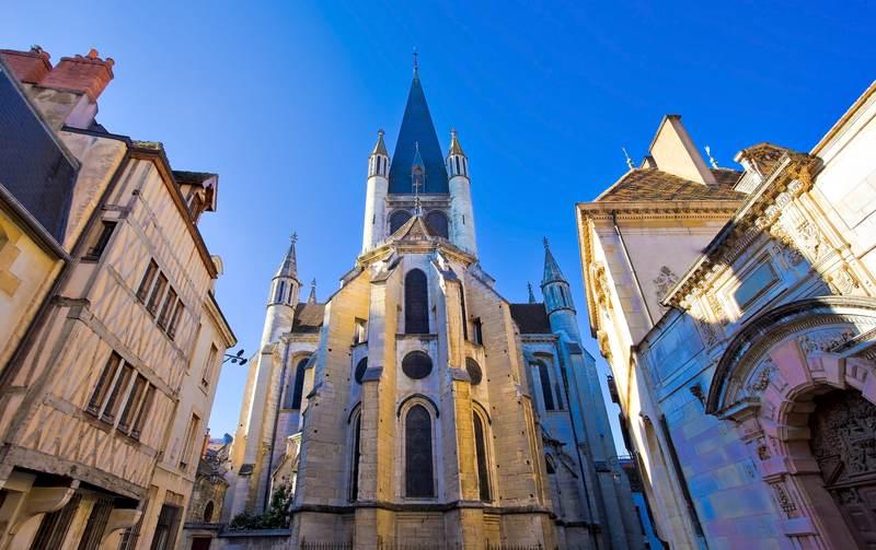 Gestion de patrimoine à Dijon : la capitale de la Bourgogne a tant à offrir